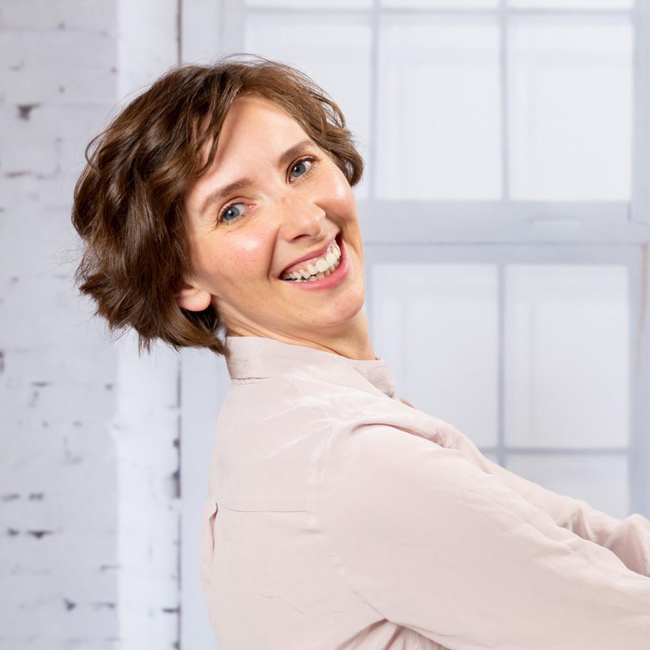 Tanja Oblinger Farb- und Stilberaterin